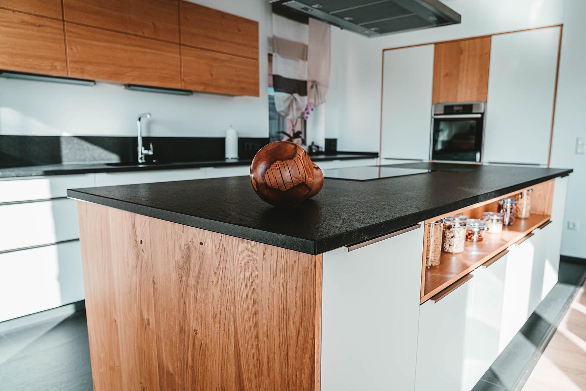 Natursteine Strobel - Küchenarbeitsplatte
