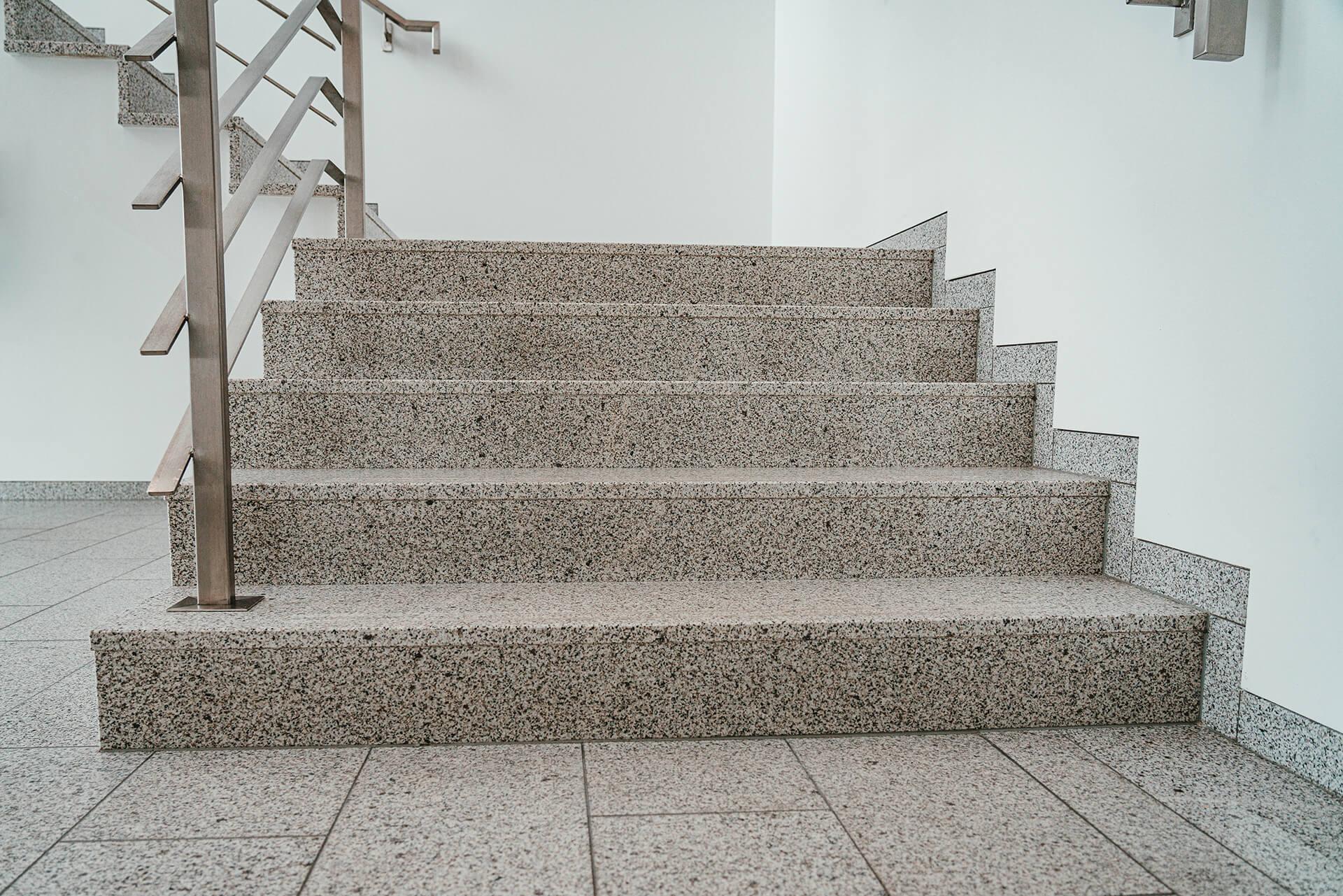 Natursteine Strobel - Treppenanlage