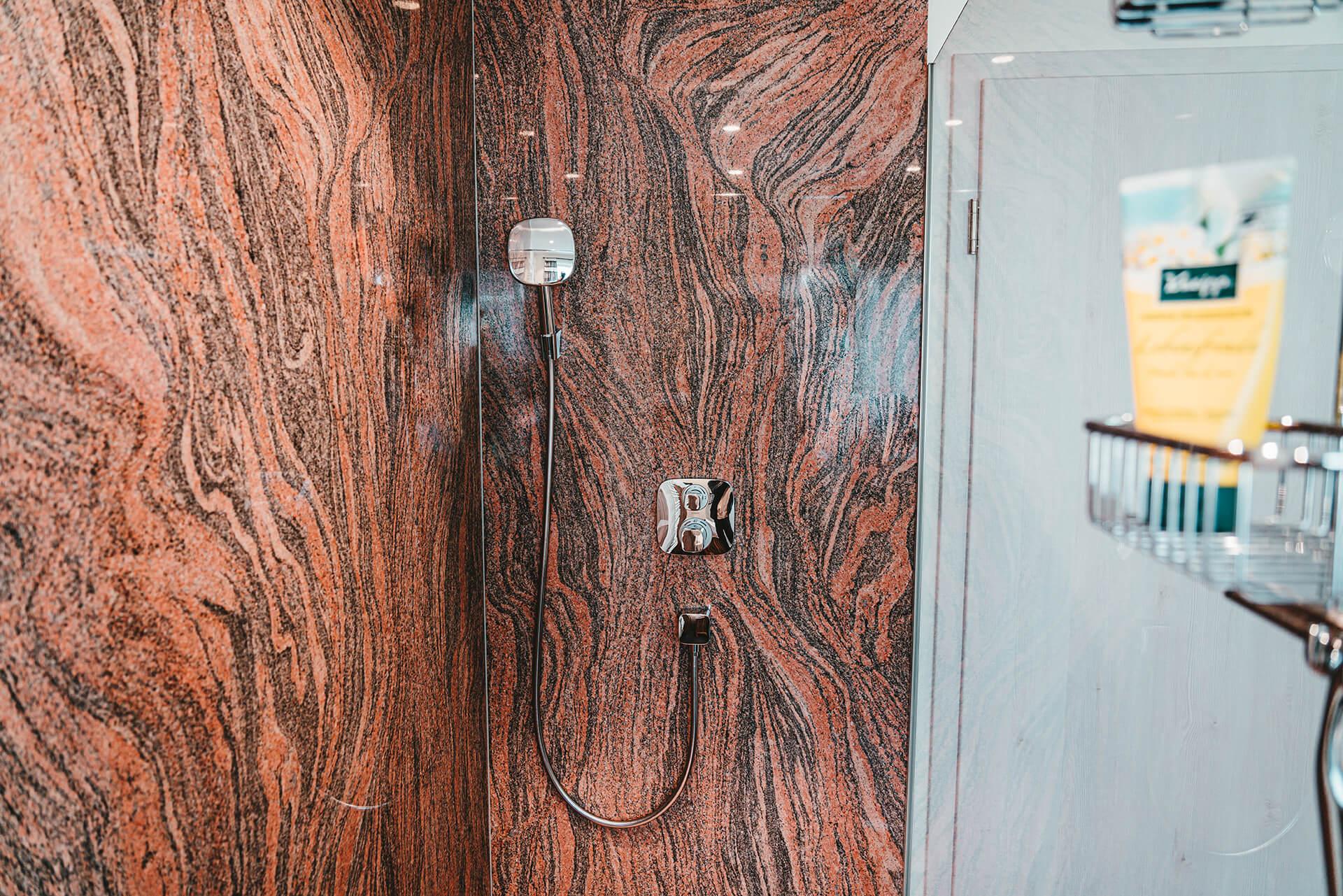 Natursteine Strobel - Dusche