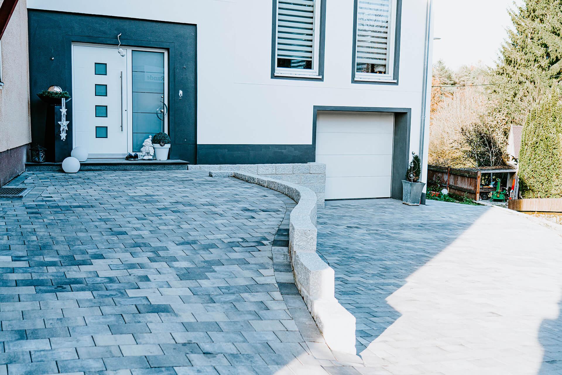 Natursteine Strobel - Außenanlage